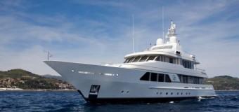Руски милионери идват с яхти да слушат Роби Уилямс