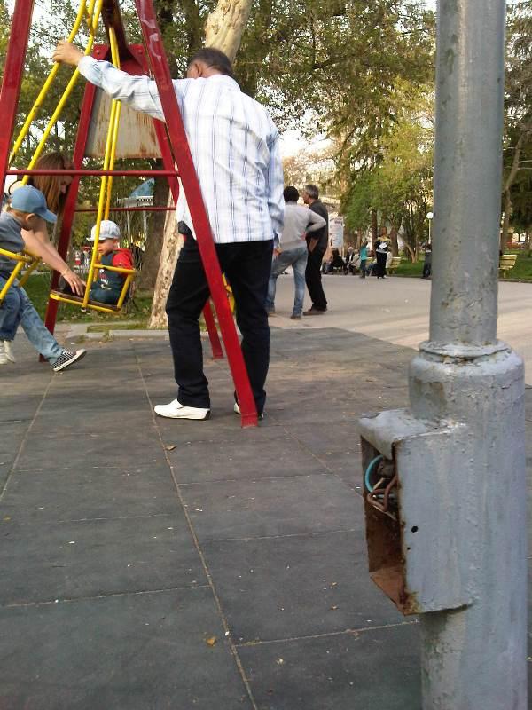 Детска площадка (2)