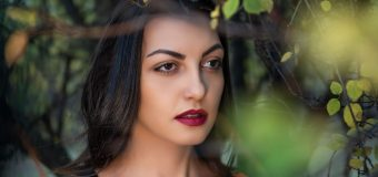 """Актрисата Мира Котева издаде първата си книга """"Приказки с Мира"""""""